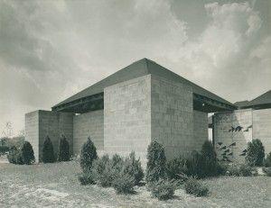 jewish_community_center_ewing_township_c_louis_i._kahn_collection_uni._of_pennsylvania_the_pennsylvania_historical_museum_commission_photo_john_ebstel